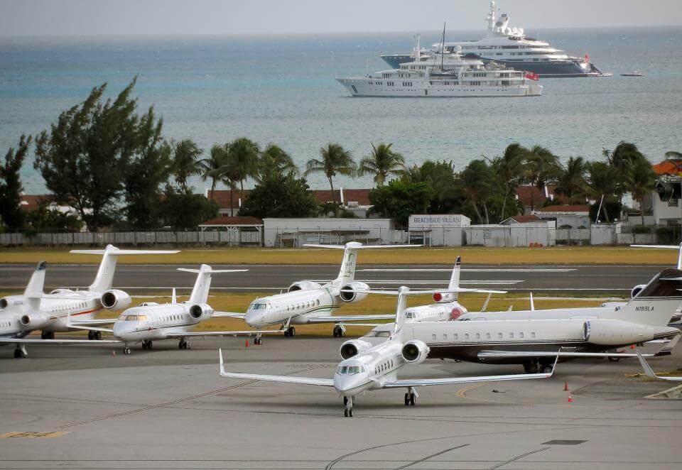 recession St Maarten style