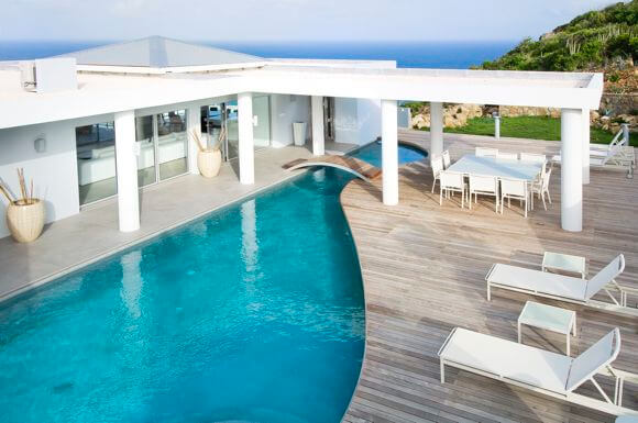"villa ""La Mirella"" is an island estate in a gated community in Oyster Pond, St Maarten. The villa offers breathtaking views of the Oyster Pond Marina and the Ocean"