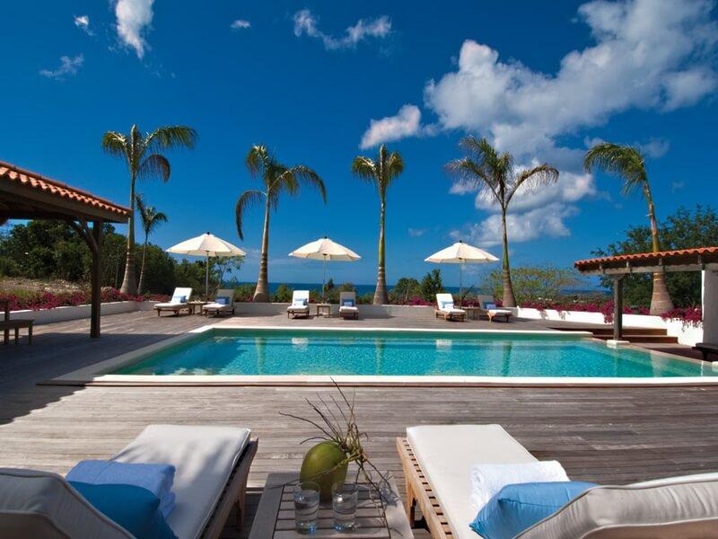 Ocean view villa Hacienda located in the Terres Basses region of French St Martin.