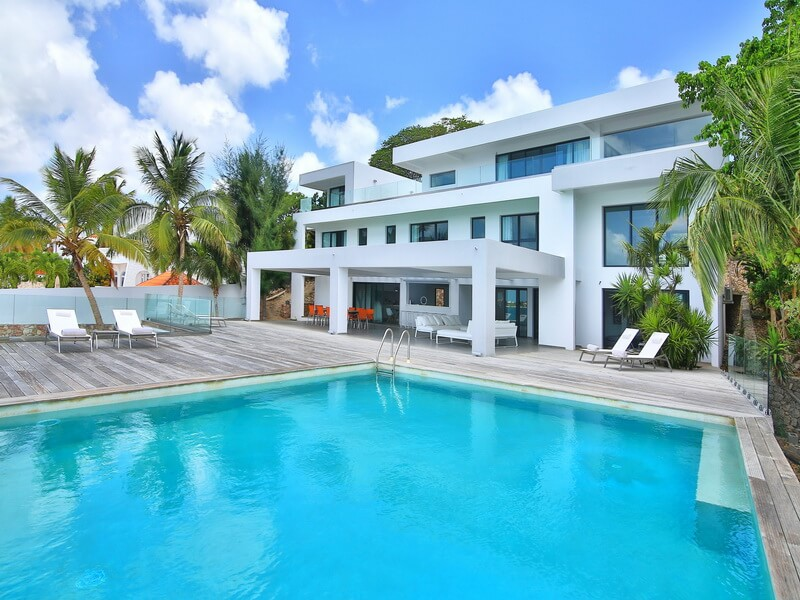 Waterfront Villa The Reef in Simpson Bay, St Maarten