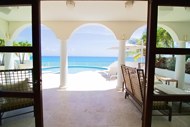Bahari Beach Front Villa Cupecoy Dutch St Maarten