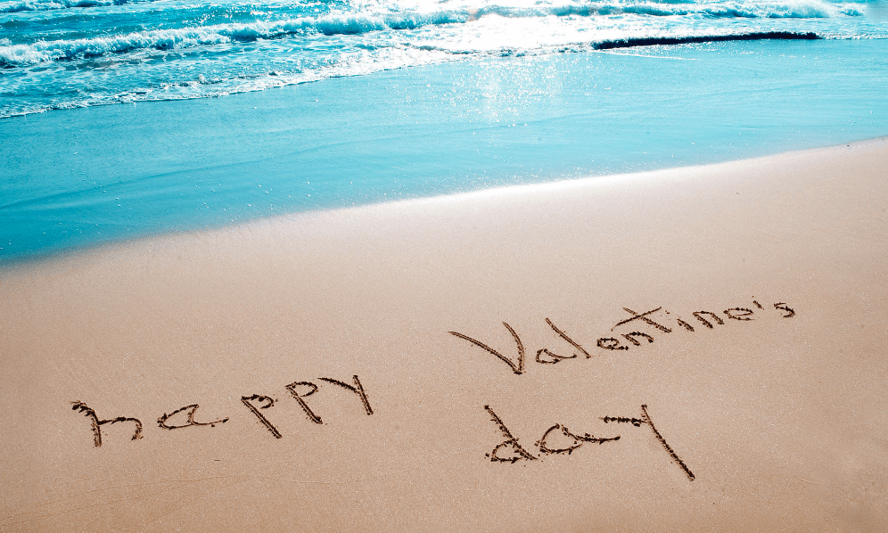 happy valentine on the beach of St Maarten
